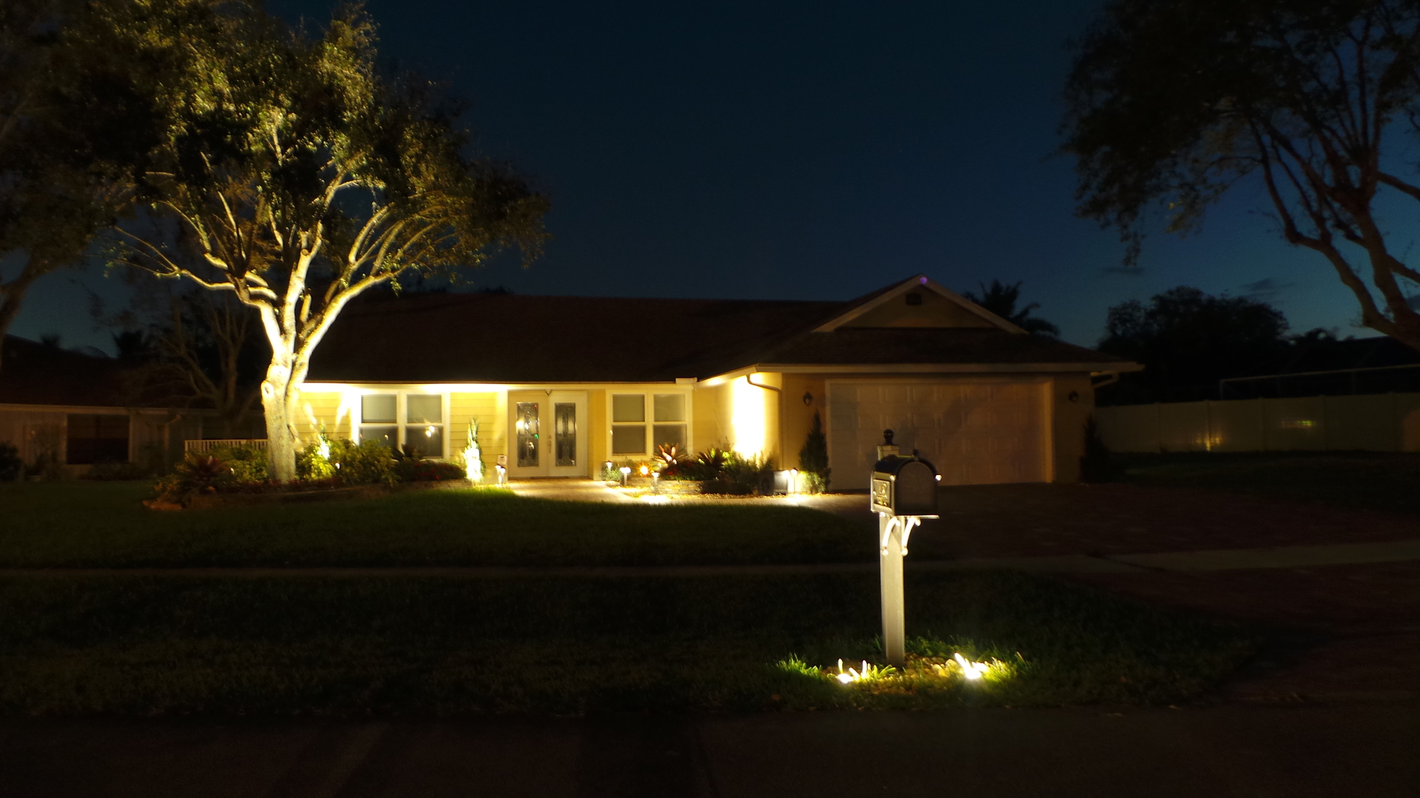 Landscape Lighting Sanctuary Gardens Specialists In Wiring Portfolio Palm Beach County Florida
