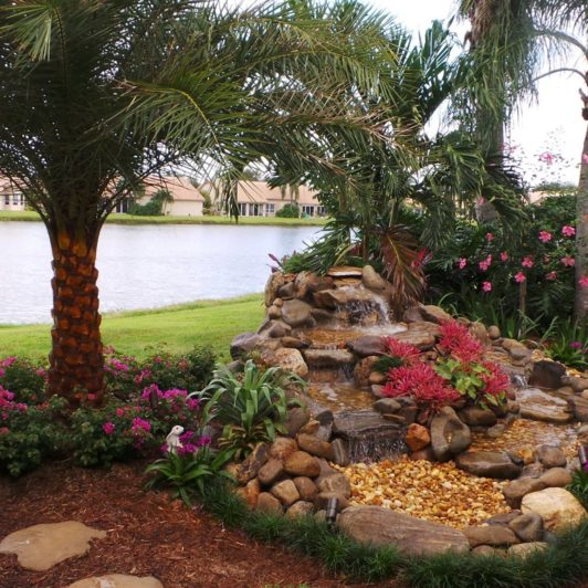sanctuary-gardens-palm-beach-lawn5